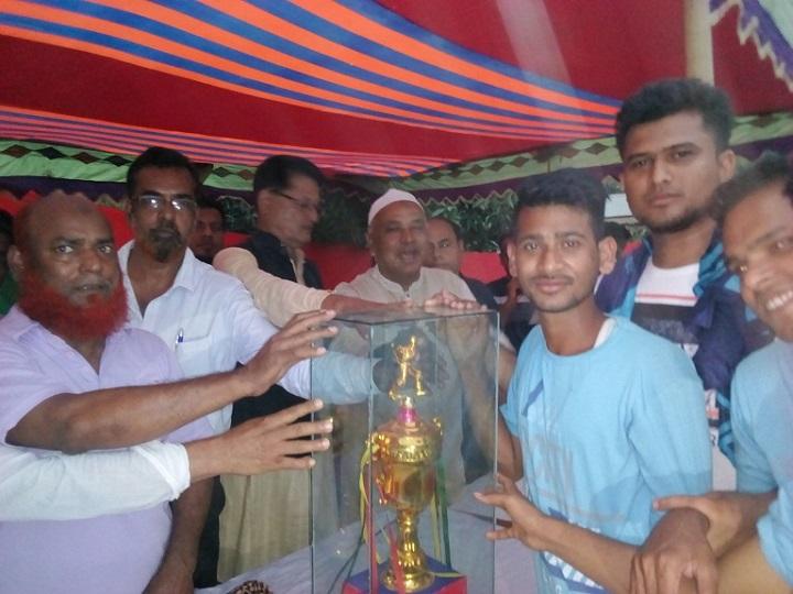 ক্রিকেট-টুর্ণামেন্ট-Cricket Tournament to celebrate Independence Day at Sirajdee