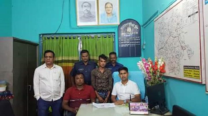 ইয়াবাসহ-যুবক-আটক-Youth arrested with Yasha in Sharsha-অপরাধ-oporadh-aporadh