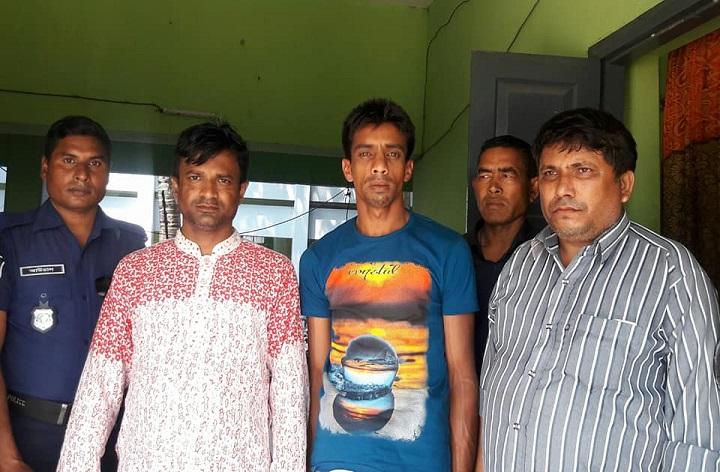 ইয়াবা-ব্যবসায়ী-আটক-3 yaba businessmen detained in Hili