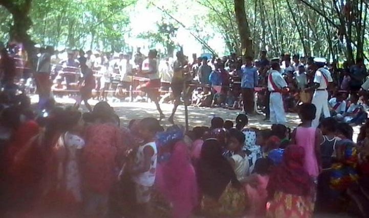 ঐতিহ্যবাহী-লাঠি-খেলা-The traditional stick game of village Bengal was held in Jhikargacha