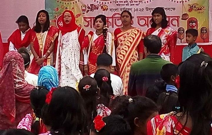 নববর্ষ-পালিত-Nababarsa celebrated with a colorful arrangement in Godganj