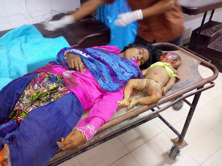 বাসখাদে-পড়ে-Three people, including a child, were killed in a road accident in Mymensingh