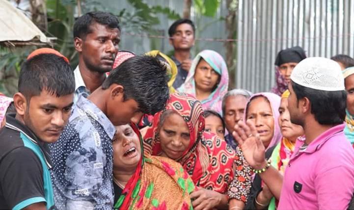 রোজিনার-বাড়িতে-শোক-In the house of Mymensingh Rozina, mournful mourning