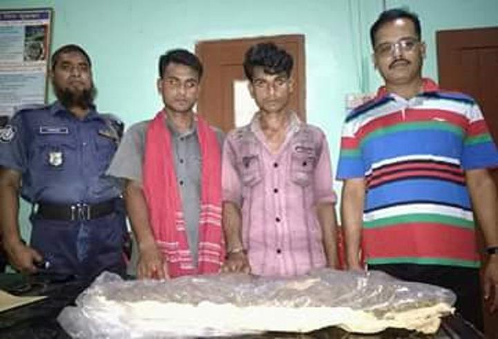 শার্শায়-গাজাঁসহ-আটক-Two brothers, including Gazan, arrested two people in Sharsha
