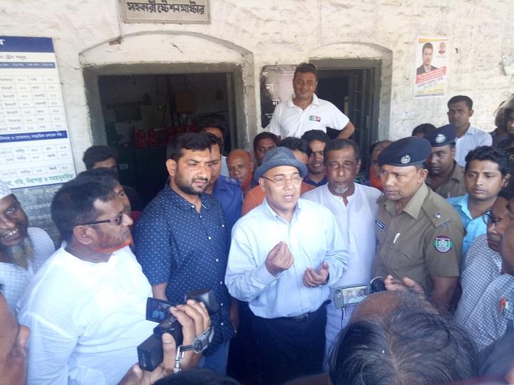 হিলি-রেলস্টেশন-Bangladesh railway inspector visited the Hili railway station