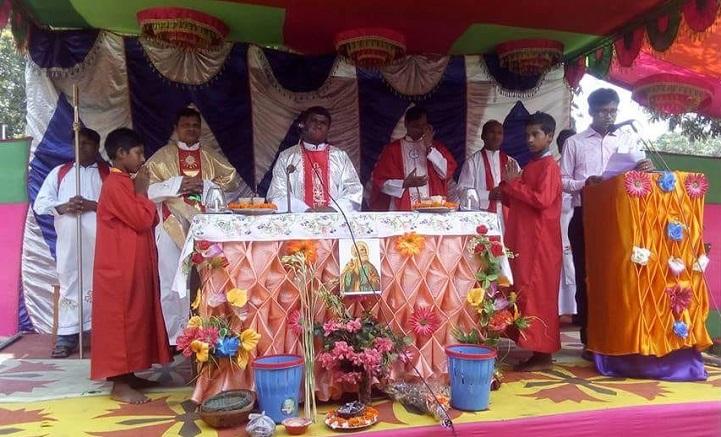 আটোয়ারীতে খ্রিস্ট ধর্মাবলম্বীদের সাধু পিতরের তীর্থ উদযাপন