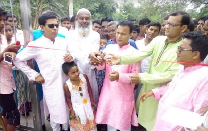 গোদাগাড়ীর বসন্তপুরে বিনদোন পার্ক উদ্বোধন