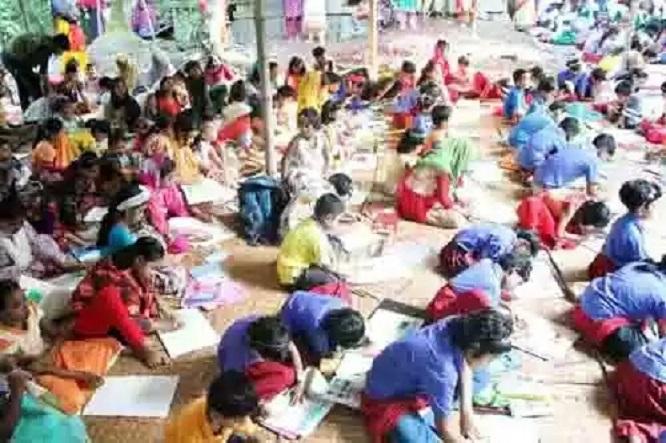 শারদীয় দূর্গা উৎসব উপলক্ষে শিশু মিলনমেলায় চিত্রাংকন প্রতিযোগিতা অনুষ্ঠিত