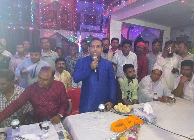 লৌহজং উপজেলায় বিএনপি' নেতা কর্মীদের পূজা মন্ডপ পরিদর্শন