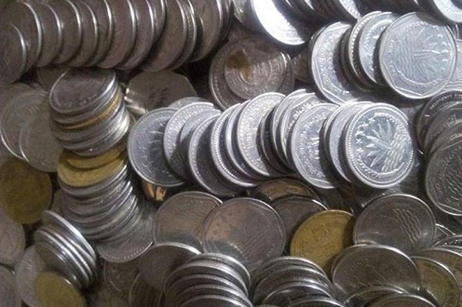 বাগমারায় কয়েন টাকা নিয়ে বিপাকে ব্যবসায়ীরা