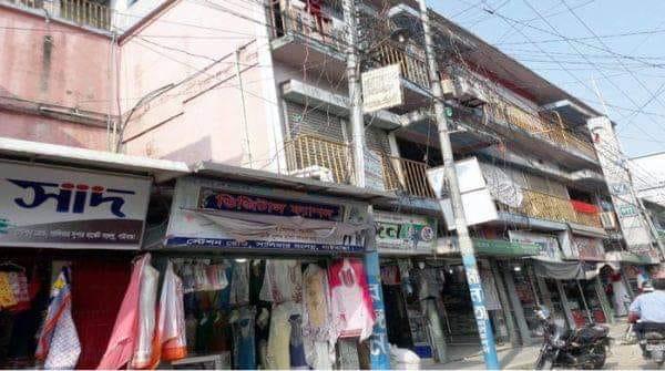 অগ্নিঝুঁকিতে গাইবান্ধার ৭৭টি মার্কেট ও সুপার মার্কেট