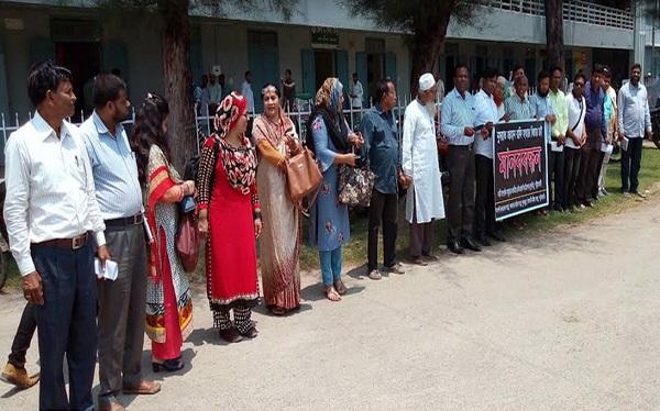 রাফি হত্যার বিচার দাবীতে পটুয়াখালীতে নারী সংগঠনের মানববন্ধন