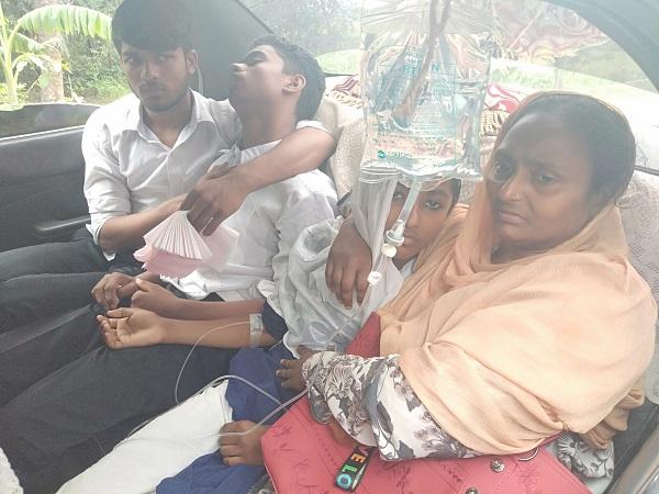 শার্শায় অজ্ঞাত রোগে পাকশিয়া স্কুলের ২৫জন ছাত্র- ছাত্রী অসুস্থ