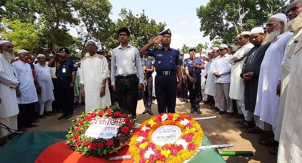 গৌরীপুরে বীর মুক্তিযোদ্ধা ভিপি ফজলুল হকের রাষ্ট্রীয় মর্যাদায় দাফন