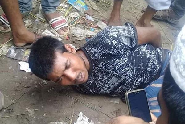 টাঙ্গাইলে পলাতক 'ধর্ষক'কে গণপিটুনি দিয়ে পুলিশে সোপর্দ