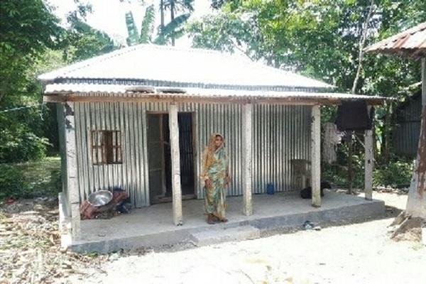 ত্রিশালে বিনামূল্যে ঘর পাচ্ছে ১৫৭ পরিবার