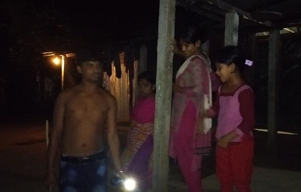 পূর্বধলায় এখন সর্বত্রই 'ছেলে ধরা, কল্লাকাটা আতঙ্ক'