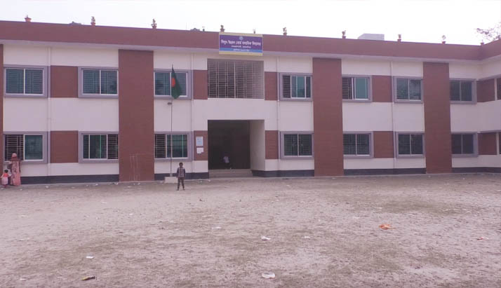 ময়নসিংহের বিউবো মাধ্যমিক বিদ্যালয়ে চলছে প্রাথমিক বিদ্যালয়ের কার্যক্রম
